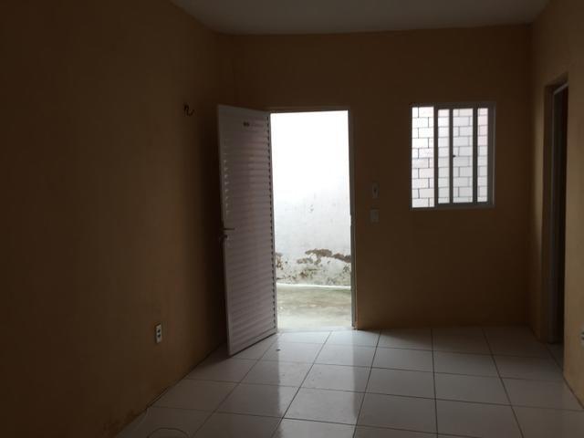 Casas na Itaoca próximo ao shopping Parangaba.  Duas unidades disponíveis  - Foto 4