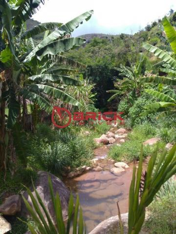 Sítio com terreno de 16.000 m² e cachoeira própria em pessegueiros, teresópolis/rj. - Foto 2