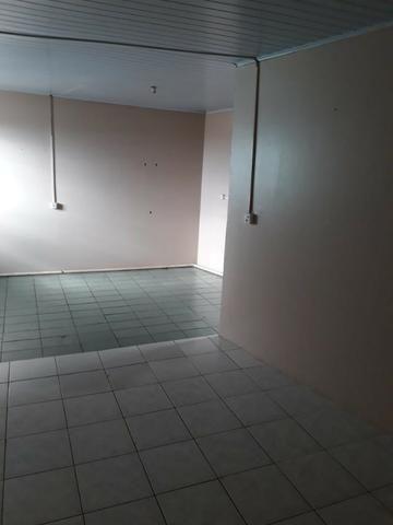 Aluga-se Apto/Kit, Centro Chapecó (Av. Nereu Ramos), próx. à Chevrolet. Ótima Localização - Foto 2