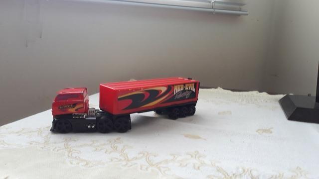 Caminhão infantil hot wheels med-evil racing - Foto 2