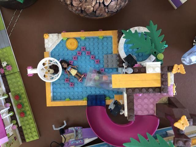 Piscina com escorregador da Lego - Foto 4