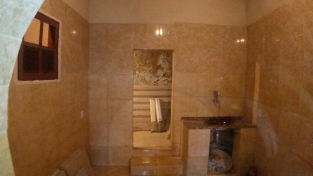 Aluga-se uma casa com 09 cômodos No Centro do RJ preço Híper em Conta !!!! - Foto 3