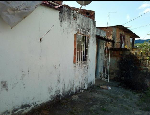 Vendo ou troco por casa em outro bairro - Foto 5
