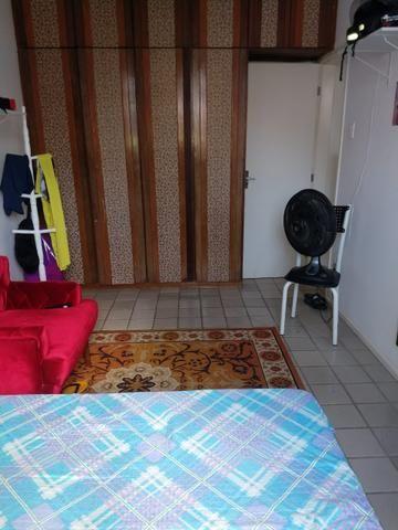 Alugo 1/4 60 m2 Barra avenida carnaval - Foto 6