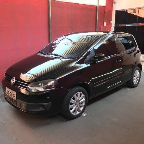 Volkswagen Fox 2010 - 1.0 Flex - Foto 4