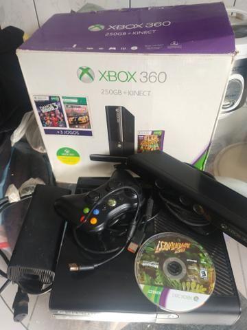 Vnd ou troc por celular xbox 360 (RGH),fonte ,com mais de 30 jogos, - Foto 2