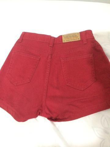 Shorts vermelho cintura alta