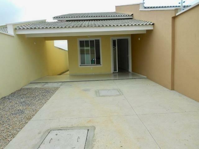 Residencial com 16 casas em Messejana 3 suítes 3 vagas nascente