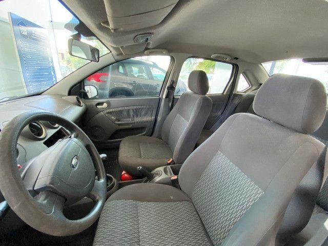 Fiesta Sedan 1.6 Flex - Foto 8