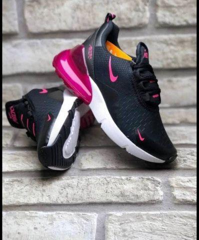 Modelos de sapatos na caixa - Foto 4