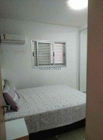 Apartamento no Bairro Chácara dos Pinheiros - Foto 6