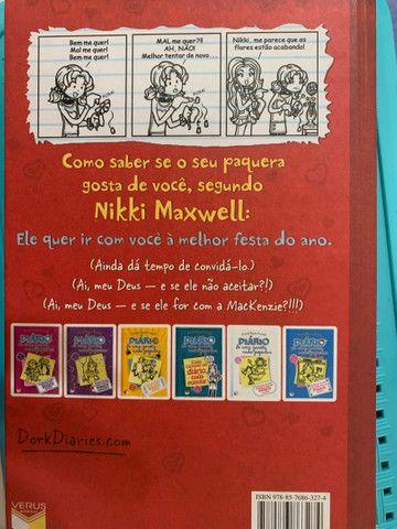Livro diário de uma garota nada popular  - Foto 2