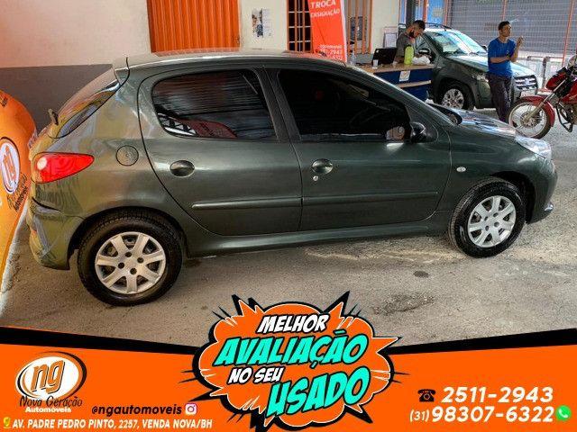Peugeot 207 1.4 Xr 2011 Muito Novo - Foto 4