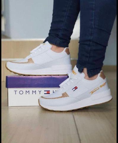 Modelos de sapatos na caixa - Foto 3