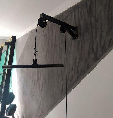 Monocross de parede com duas roldanas, cabo e anilheiro e barra de 50cm - Foto 5