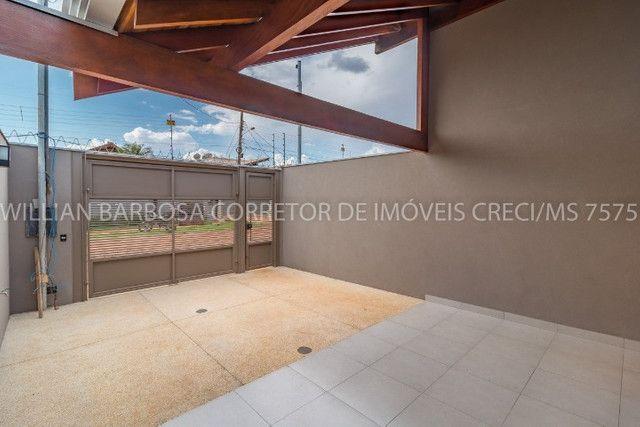 Casa nova com arquitetura moderna e cozinha americana no Rita Vieira 1! - Foto 3