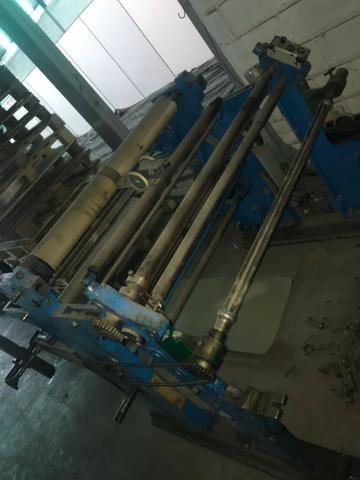 Maquina Rebobinadeira de papel, plastico , papelão