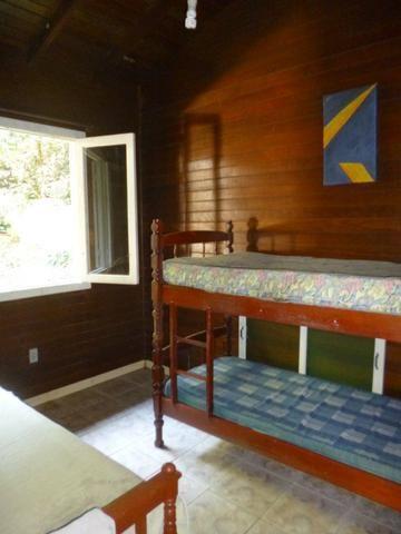 Alugo Casa mobiliada com três dormitórios na baia dos golfinhos em Gov Celso Ramos - Foto 15