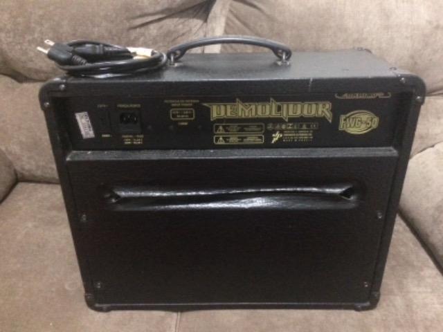 Amplificador meteoro Demolidor Fwg50 - Foto 2