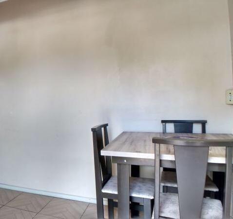 Linda casa de 2 quartos em Oswaldo Cruz - Foto 4