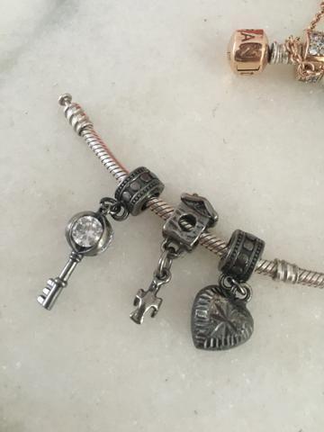 Berloques Charms para pulseira Pandora ou Vivara