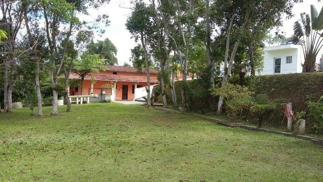 No Caputera - Chácara 2040 m² - toda murada- ótima casa - IPTU em dia - Foto 14