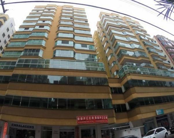 Apartamento 03 Quartos_ ( 02 Suites)_ 2 Vagas Garagem _ Prox ao Shopp_ Meia Praia