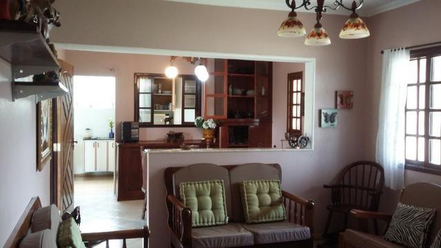 No Caputera - Chácara 2040 m² - toda murada- ótima casa - IPTU em dia - Foto 8