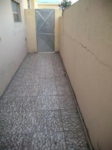Alugo Casa com Piscina 800 R$ - Centro de Nilópolis - Foto 2