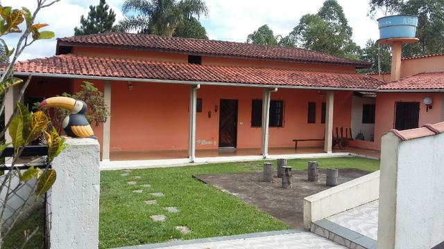 No Caputera - Chácara 2040 m² - toda murada- ótima casa - IPTU em dia