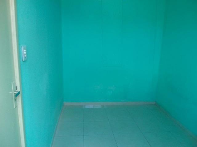 Aluga-se casa em Plataforma, não respondo chat, somente whatsapp - Foto 4