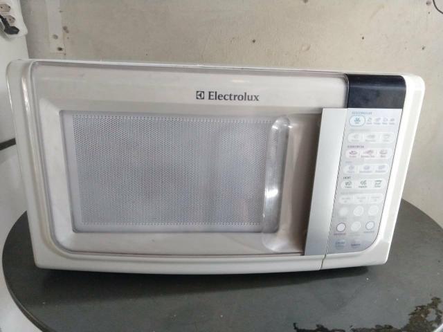 Micro-ondas Eletrolux 28 litros