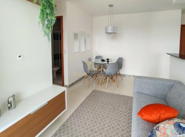 Apartamento decorado com 2 quartos e 1 suíte pronto para morar! - Foto 13