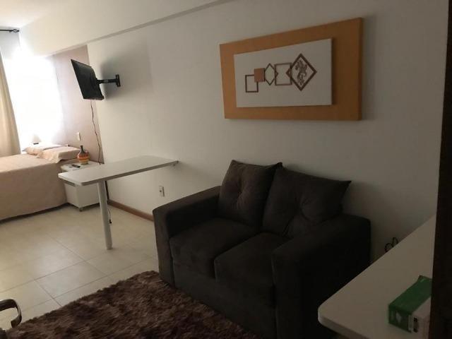 Excelente Flat no Apart Hotel Celita 1/4 e sala em Feira de Santana 71 991841490