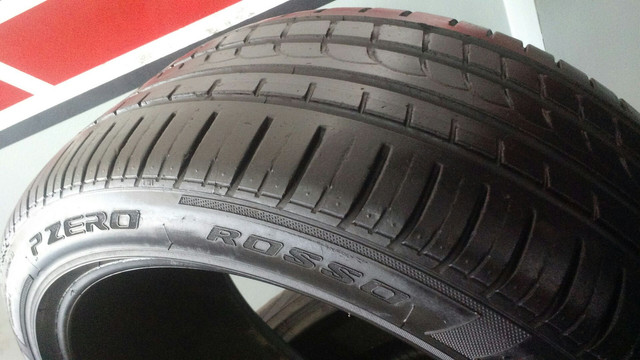 Pneu 245/40R18 97Y Pirelli P Zero Rosso usado / meia-vida - Foto 3