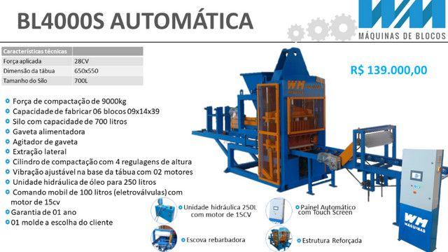 Maquina para fabricar blocos e artefatos de concreto