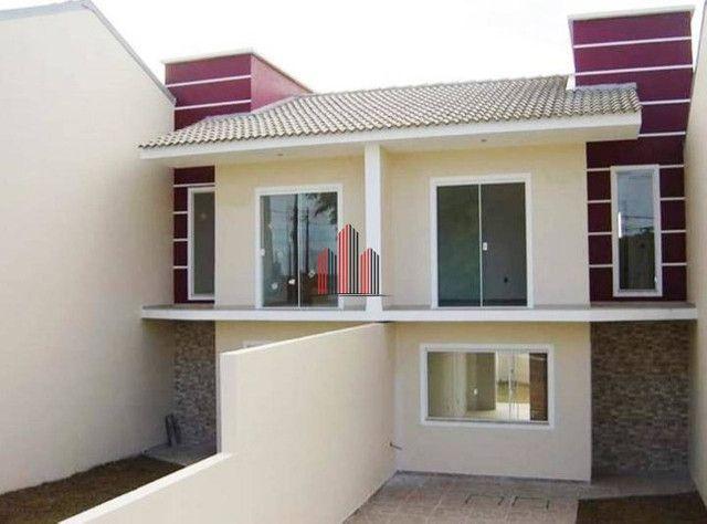 SO0644 - Sobrado triplex com 2 dormitórios à venda
