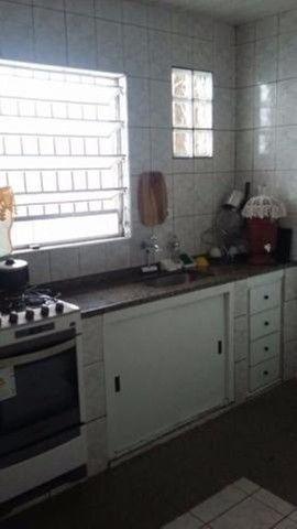EM. casa no Bairro de Barreiro 7mil - Foto 2