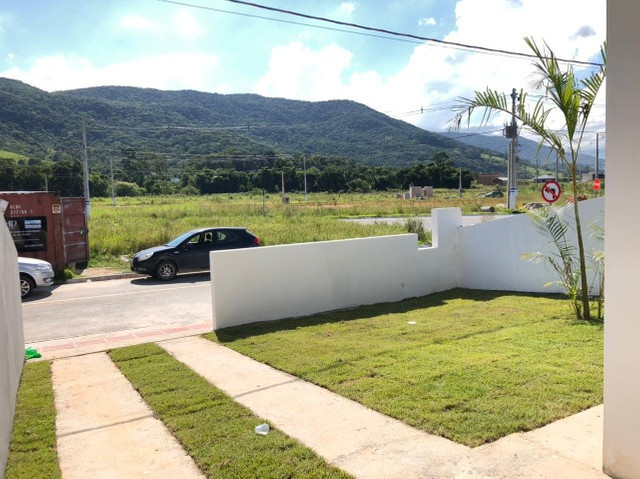 (TH1007) Duplex com 2 suítes e garagem semi coberta no bairro Forquilhas em São José!!!   - Foto 8