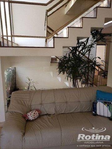 Casa à venda, 3 quartos, 1 suíte, 5 vagas, Vigilato Pereira - Uberlândia/MG - Foto 5