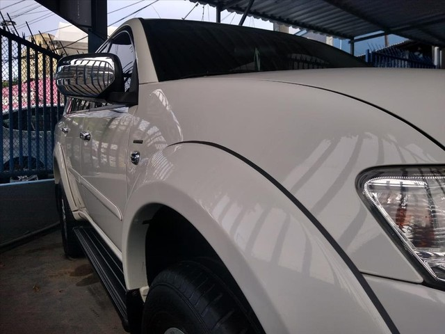 MITSUBISHI PAJERO DAKAR 3.5 HPE 7 LUGARES 4X4 V6 24V FLEX 4P AUTOMÁTICO - Foto 2