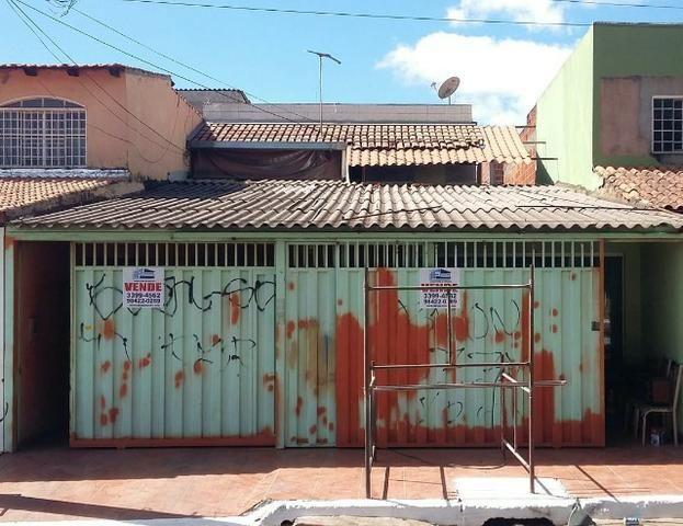 Sobrado C/ 02 moradias e loja Avenida principal QN 14E- Riacho fundo II- DF