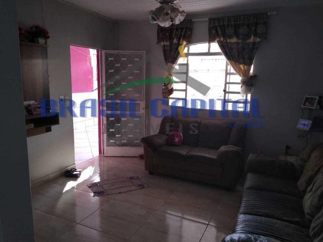 Qr 513 casa com 03 quartos s/ 01 suíte, reformada , Finnacia e pode usar FGTS - Foto 2