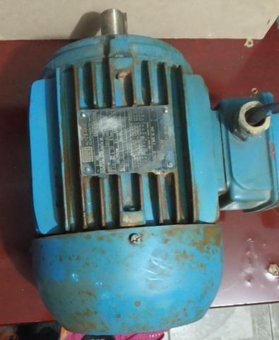 Vendo motor trifásico - Foto 2
