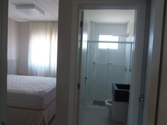 Apartamento 04 Suites _ Vista panorâmica para o mar_ Meia praia - Foto 14