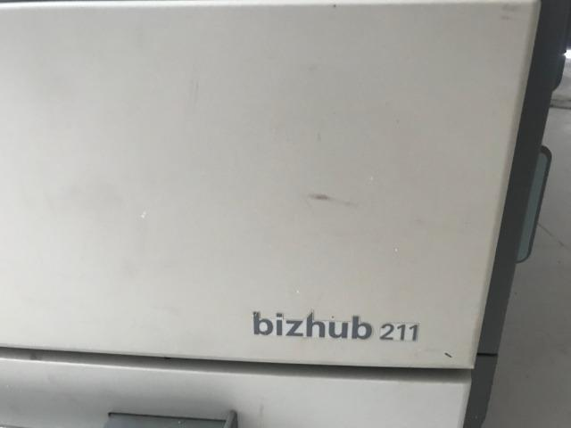 Multifuncional Konica Minolta Bizhub 211-com defeito