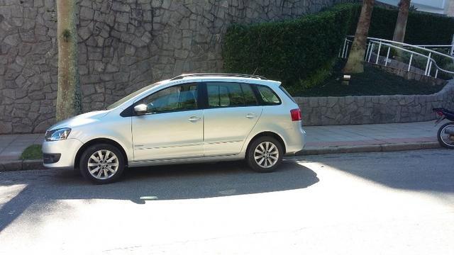 Volkswagen Spacefox Trend I-Motion 1.6 Total Flex 8V - Foto 4
