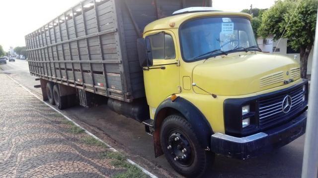 Caminhão boiadeiro - Foto 2
