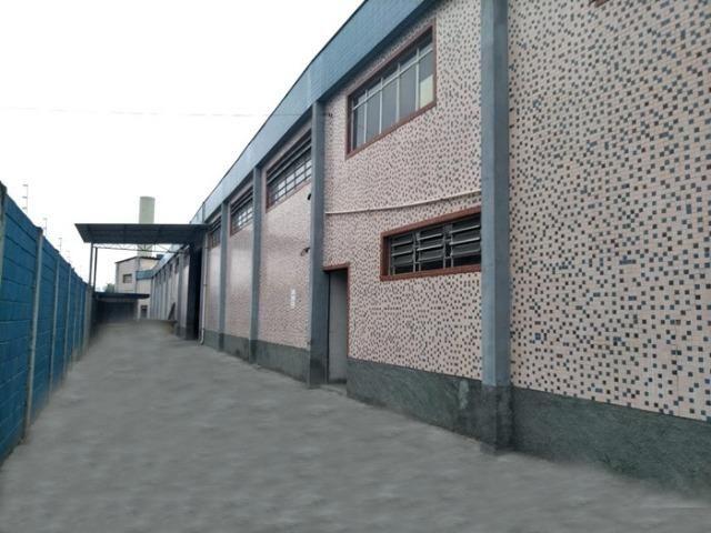 Galpão indurtial em reforma, 2.206 m², ter. 2.976 m², zup 1, Cumbica Guarulhos SP