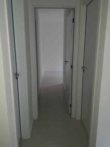 Del Castilho, 2 quartos com suíte, varanda, lazer, junto ao Nova América! - Foto 17